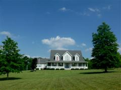 Hillsboro Missouri 1 and 1/2 Story Home on 3 Acres For Sale