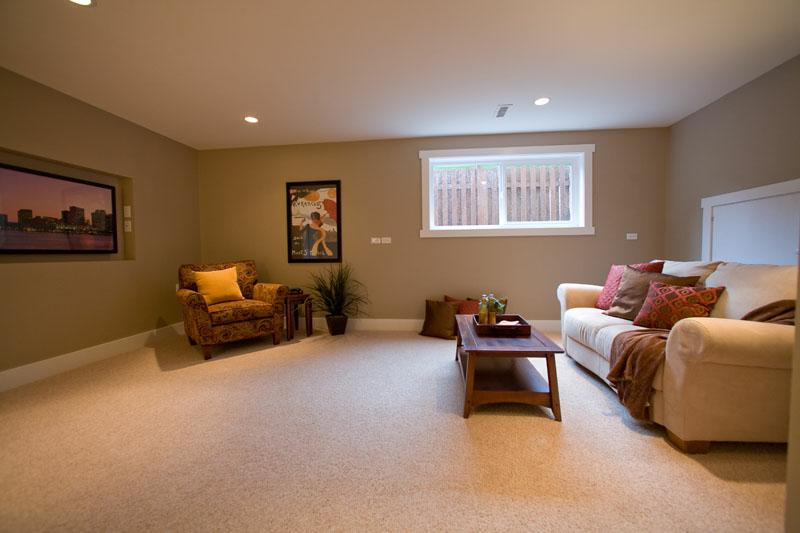 Family Room: Here is another room with a niche for a t.v., but in