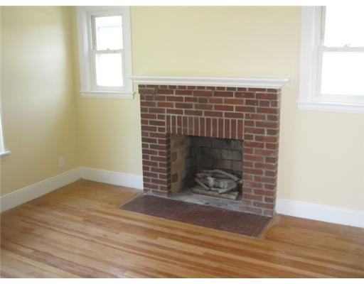 OPEN HOUSE 68 Park View Blvd Cranston, RI 7/29/12/12-2 P.M.