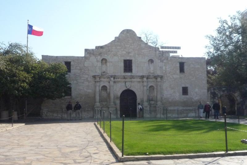 Texas Trecking......The Alamo - A Trip back into Texas History