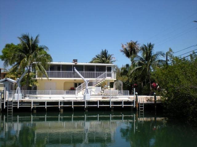 New available home in prestigious venetian shores for Venetian shores