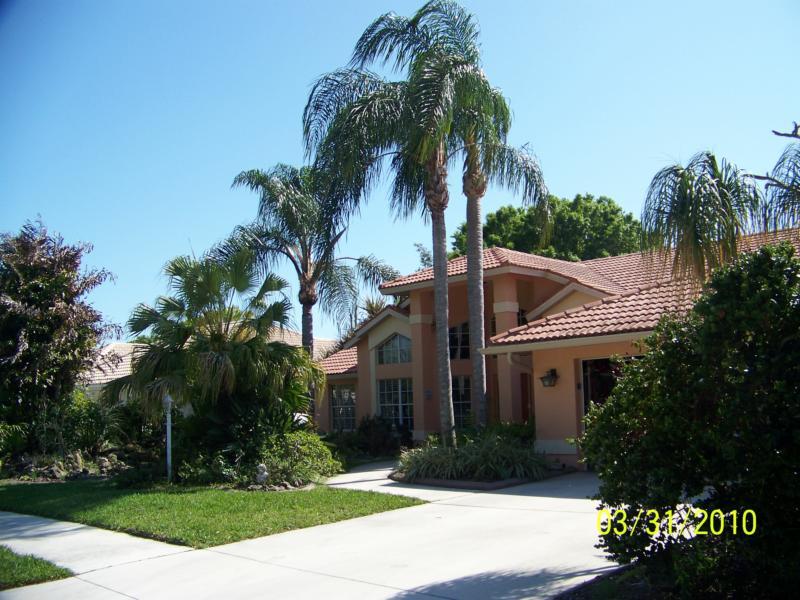 Oak Tree-Abundant PARK ESTATES In Venice Florida May Be ...