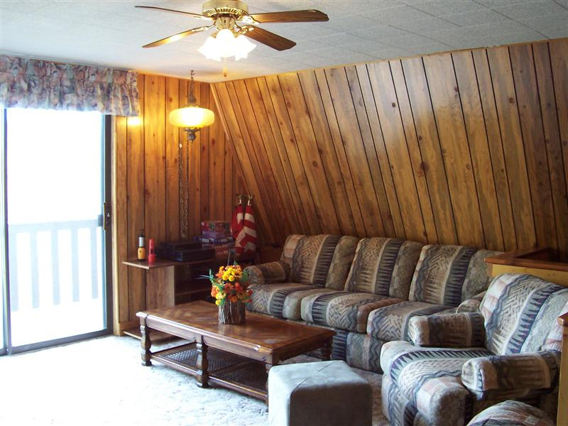 Sunridge Highlands Cabin - Family Room
