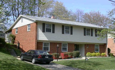 Bi-Level Style House Franklin Knolls Silver Spring