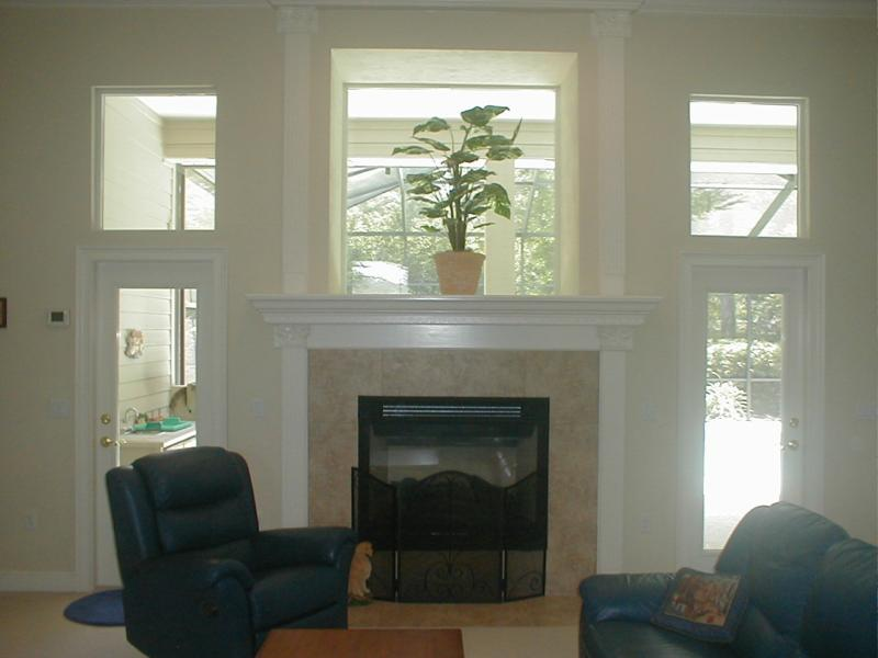 1129 sw 89th street gainesville fl 32607 for Fireplace with windows on each side