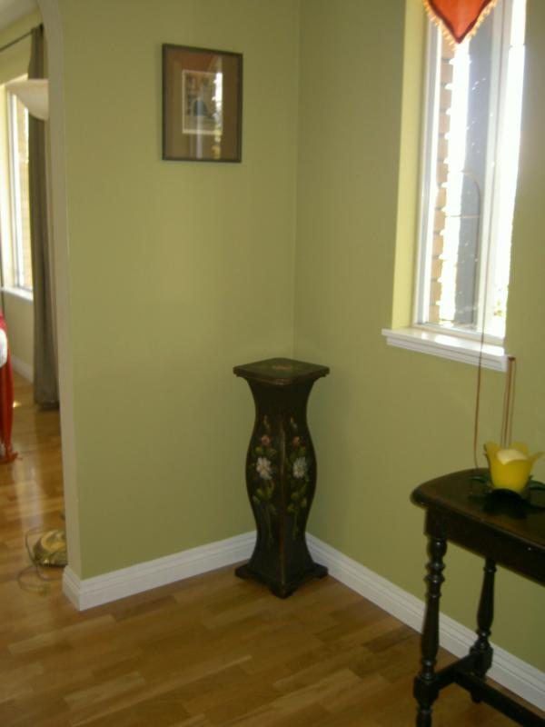 Pea Green Paint