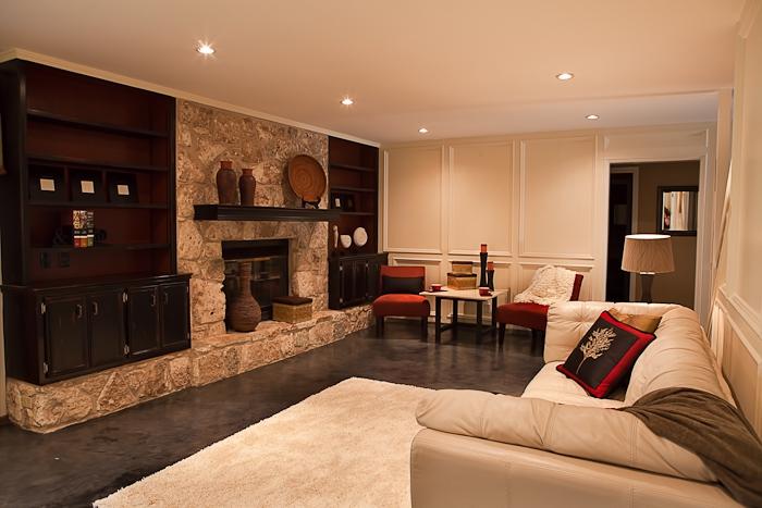 Home staging re arranging a den or family room for Home den