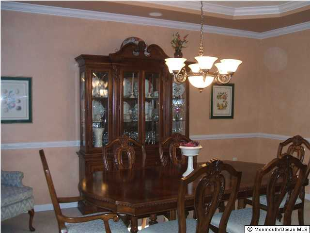 Howell NJ Houses for Sale dining room