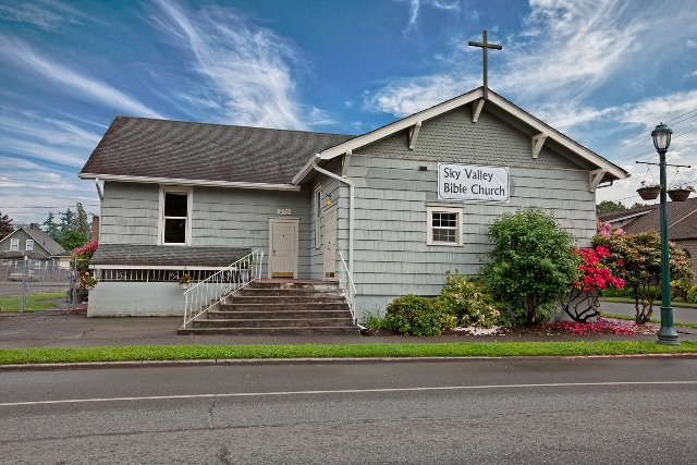 Commercial building for sale- Christ Church Monroe