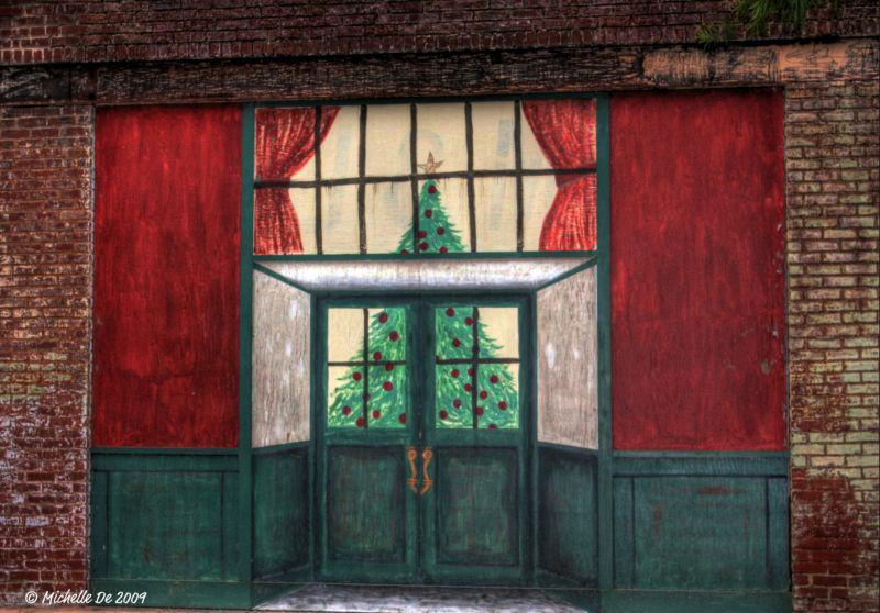 Painted Christmas Tree on a Colbert, GA storefront by Michelle De 2009