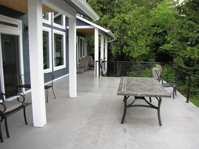 Hood Canal Waterfront Deck