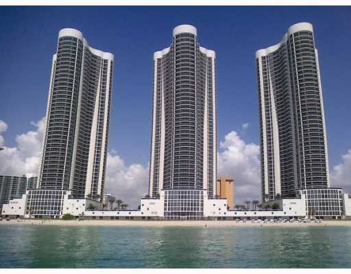 Trump Towers Sunny Isles Beach