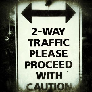 2 way traffic sign