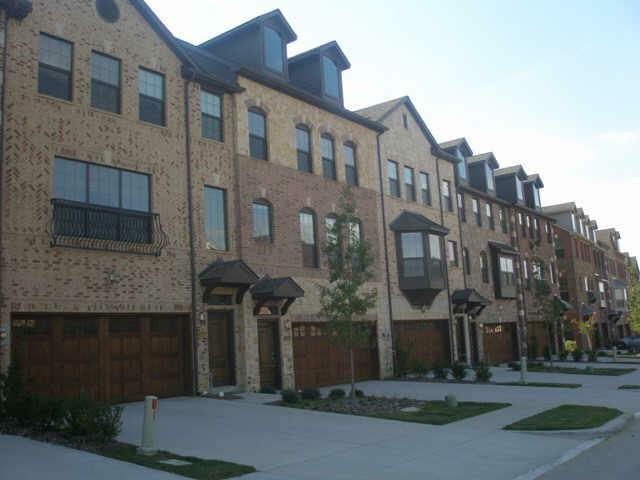 best apartments in las colinas