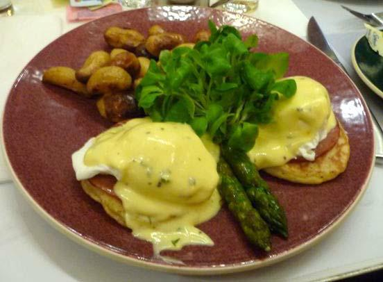 Eggs Benedict at Norma's