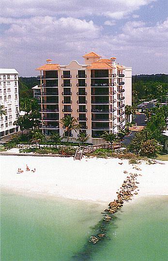 Naples Florida Waterfront Foreclosure Property