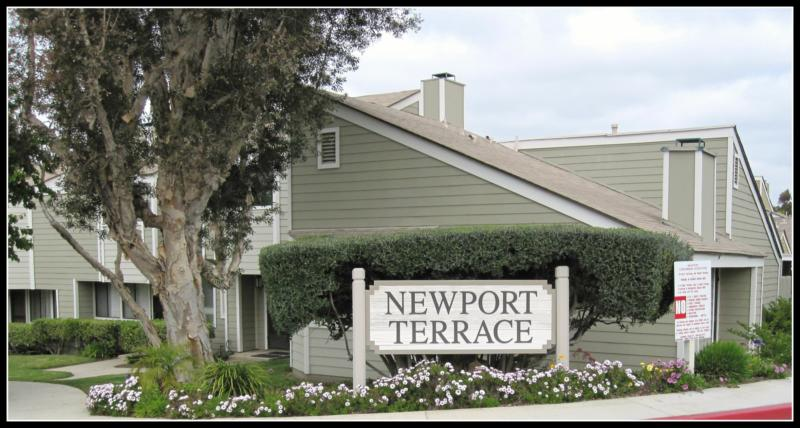 ar126957890788557 Newport Terrace Homes   Newport Beach Homes   8 6 11