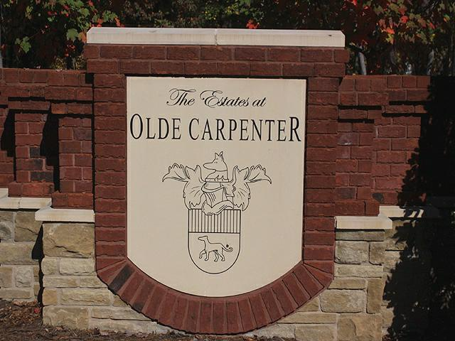 Olde Carpenter Entrance