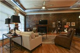 Downtown Nashville Loft living