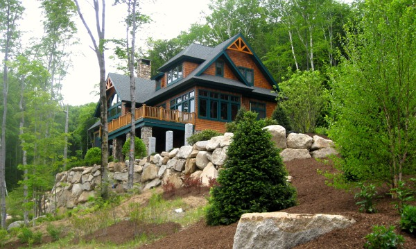 Adirondack post and beam slope side at loon mt nh blue for Building a house in the mountains