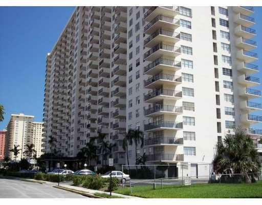 Winston Towers 100 Sunny Isles Beach SIB Realty 305-931-6931