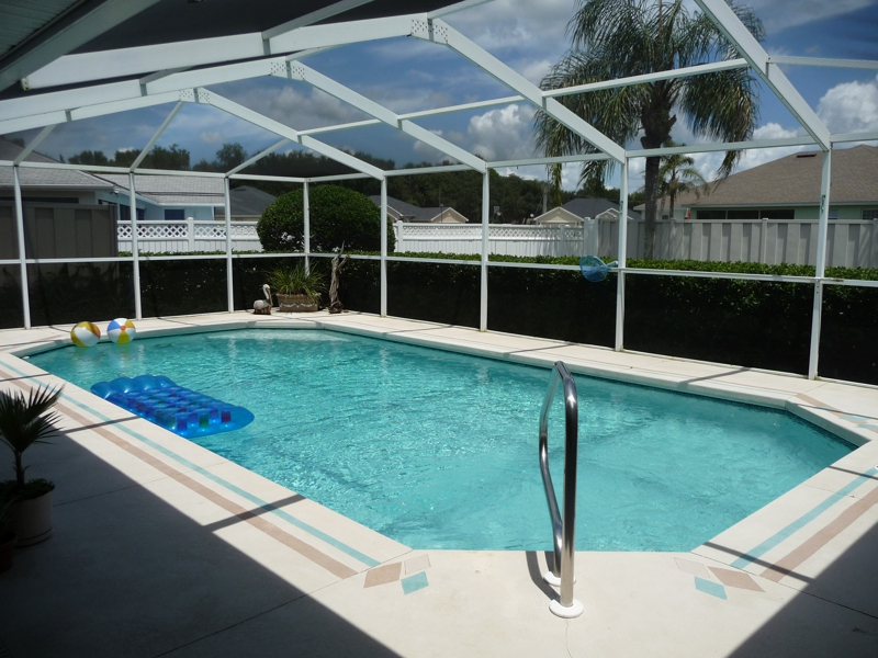Lakeland fl homes for sale custom built pool home in - Homes with swimming pools for sale ...