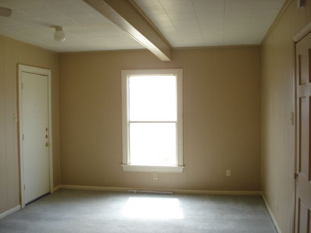 Vacant Apt Living Room