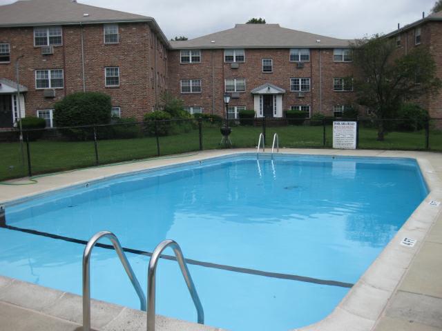 The Colonial Village Condos Arlington Ma Condominiums