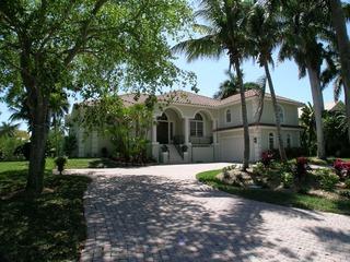 aqualane shores naples fl homes for sale