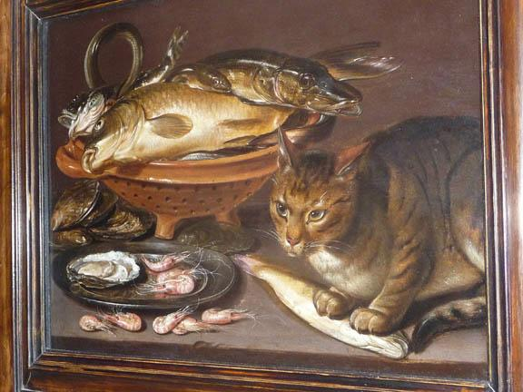 Cat and fish for the cat lover