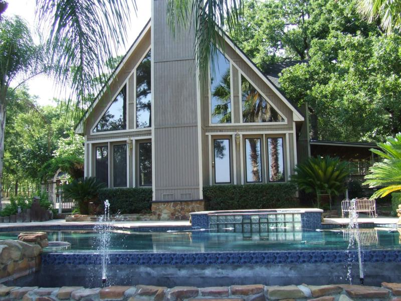 Lake livingston waterfront for Home builders in livingston tx