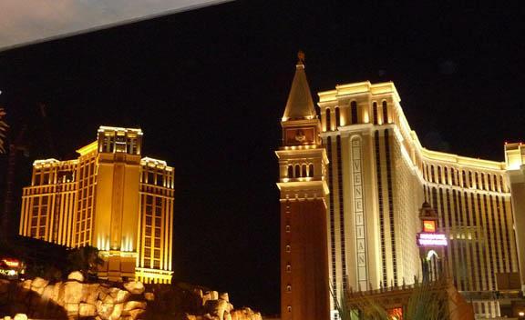 Las Vegas at night HomeRome Realty