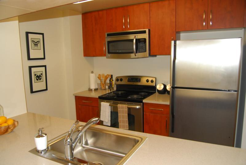 Kitchen Cabinets Jersey City Nj grand st jersey city, nj 07302