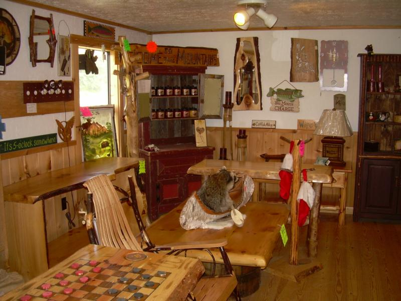 Charming Owners Larry And Anna Michael Tell Me They Often Have Customers Come Into  The Showroom With Pictures On Their Cellphones Of Log Furniture Theyu0027ve ...