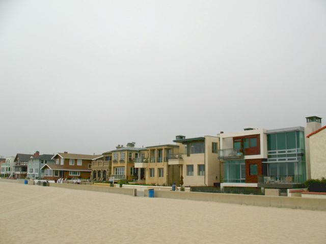 The Strand in Hermosa Beach CA