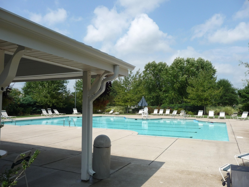 Franklin Green Community pool