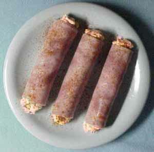 Ham rolls BEFORE slicing