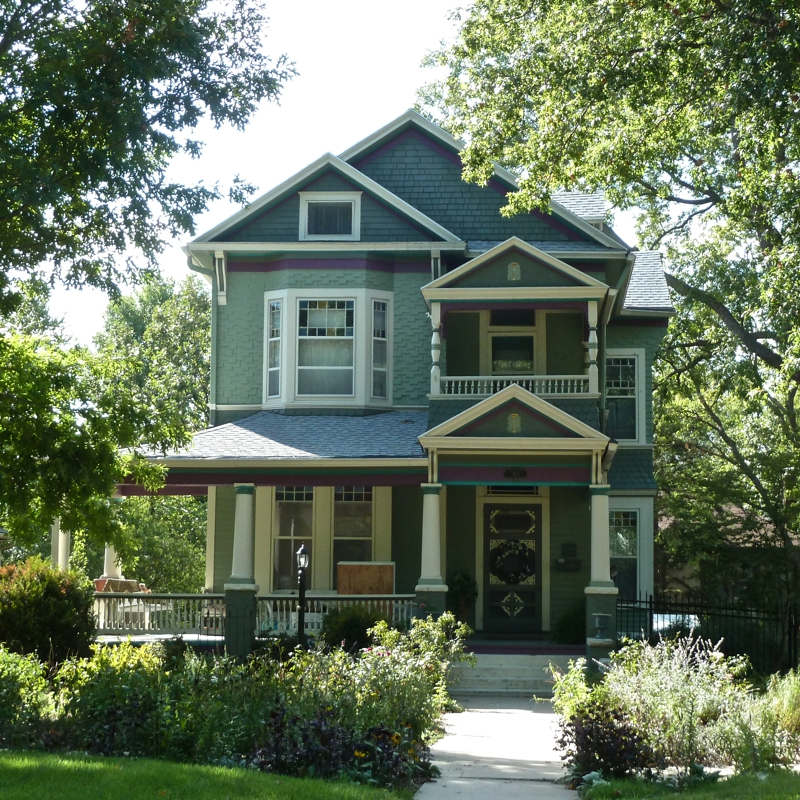 The painted ladies of topeka kansas the potwin historic for Home builders in kansas