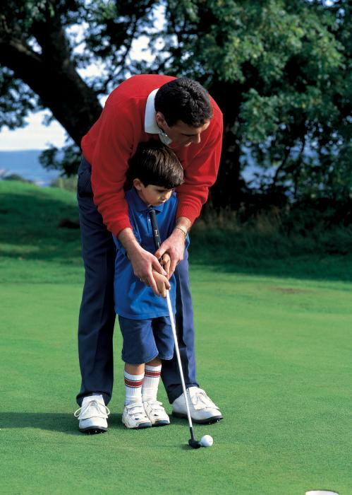 Boy & Dad - Golf