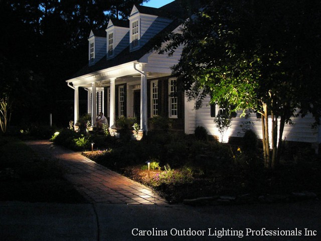 How to outdoor lighting outdoor lighting ideas lights action using outdoor lighting to make your home shine talk at 2 pm saay oct aloadofball Choice Image