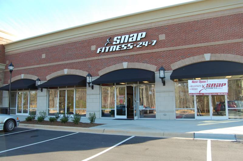 Snap Fitness Cary Tyron and Walnut
