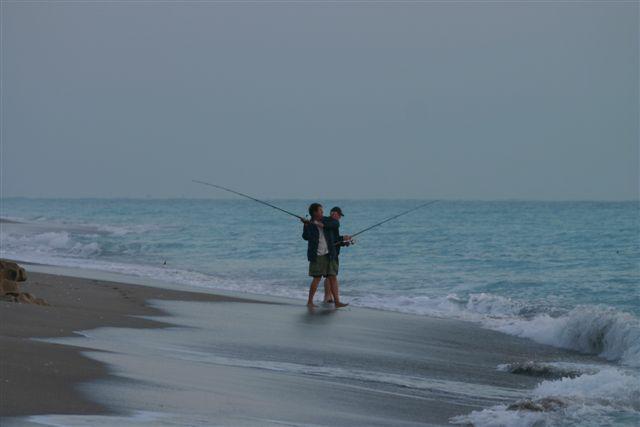 Fishing in jupiter florida for Saltwater pier fishing