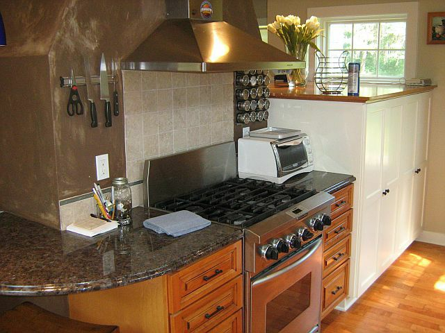 River Hills Calumet Rd Updated Kitchen