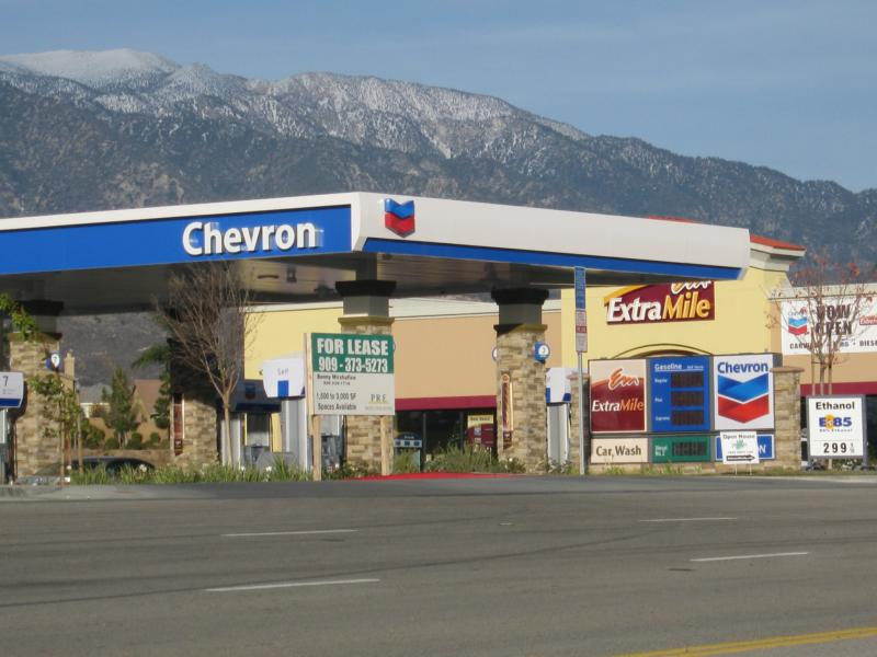Gas Stations In California >> New Beaumont Chevron Gas Station At Oak Valley Parkway In