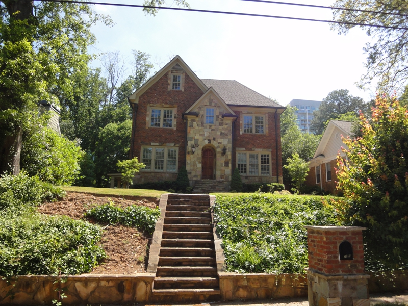 Tim Francis Realty LOVES selling BUCKHEAD - 3227 West Shadowlawn Ave - SOLD!