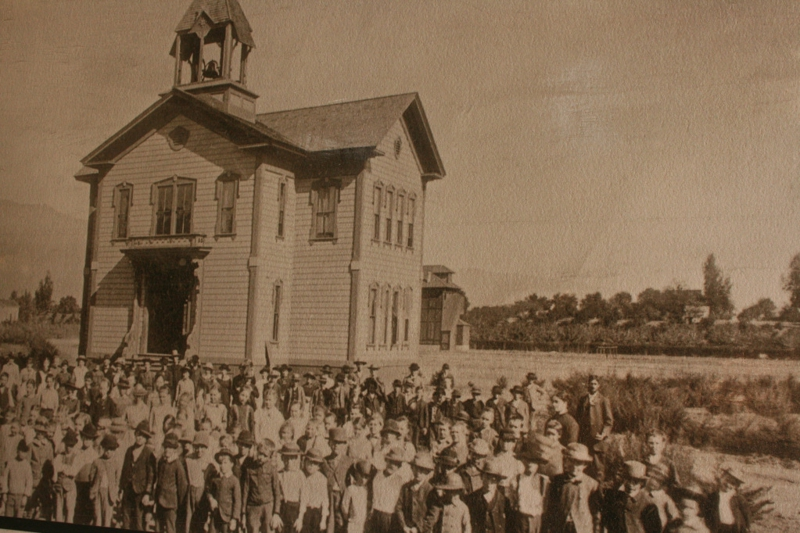 Photo of Pasadena Old Town First School House.