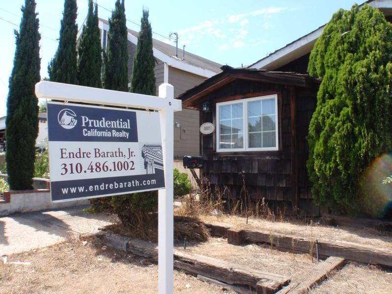el segundo Real estate specialist endre barath