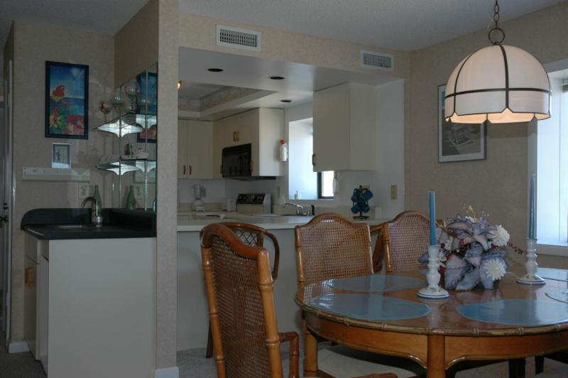 8119 Old Oregon Inlet Yachtsman Ocean Front Condo For