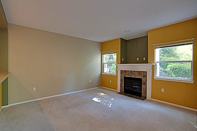 ashburn townhome - living room
