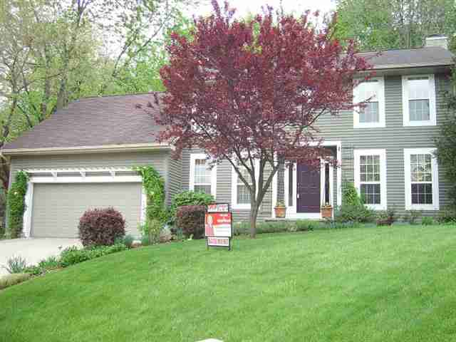 Lafayette in 4 bedroom colonial style home for sale with for Colonial style homes for sale